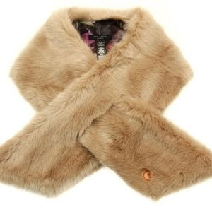 🍒NEW🍒 TED BAKER FAUX FUR SCARF